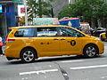 Toyota Sienna (NYC Taxi) (15283757172).jpg
