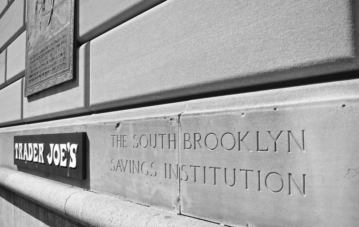 Independence Savings Bank - Wikipedia