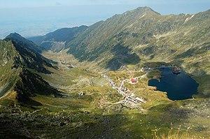 Bâlea Lake - Image: Transfagarasan road with Bilea Lake