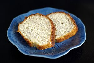 Two slices of banana bread on a blue plate, August 2008.jpg
