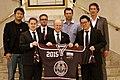 UNO Sonderberater für Sport und Entwicklung Willi Lemke mit Hockey is Diversity-Botschaftern.JPG