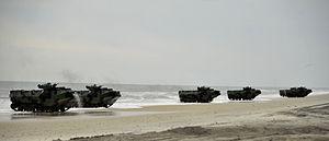 US Navy 120206-N-KB666-176 Amphibious assault vehicles (AAV) from the amphibious transport dock ship USS Oak Hill (LSD 51) make their way toward th.jpg