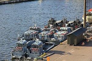 Uiskoja, Jurmoja ja linnakeveneitä.JPG