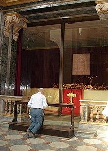 Résultats de recherche d'images pour «Saint Suaire cathédrale de Turin»