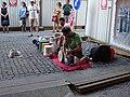 Václavské náměstí, dvojice s bicími nástroji (01).jpg
