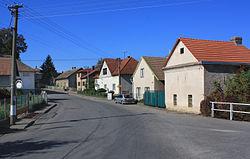 Vejvanovice, road to Úhřetice.jpg