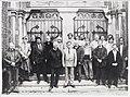 Verdronkenoord 68, hoek Nieuwstraat 10, de Sint Laurentiuskerk. Na de restauratie in 1990. Een groep - RAA011007594 - RAA Elsinga.jpg