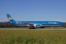 220px-Vietnam_Airlines_A330-200_N225LF_Z