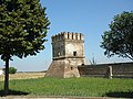 Villa Morosini, torretta parco (Polesella).JPG
