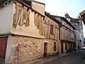 Villeréal - Maisons à pan de bois, rue Saint-Pierre.jpg