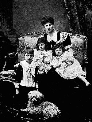 Edward Montagu-Stuart-Wortley - Violet Stuart Wortley with her children, 1899