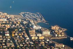 Vista aèria de Cala Estància.JPG