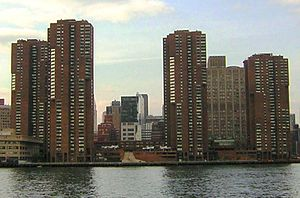 Waterside Plaza - Waterside seen from the middle of the East River