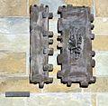 Werl, denkmalgeschützte neue Wallfahrtskirche, Relief an der Front.JPG