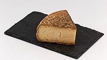 WikiCheese - Tomme de Savoie - 20150619 - 002.jpg
