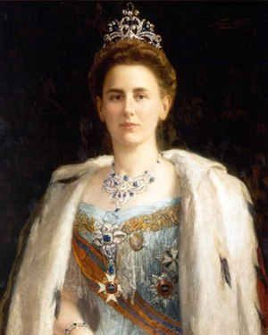 Crown Jewels of the Netherlands - Queen Wilhelmina with the parure of diamonds and sapphires that were a wedding-present from the Dutch people