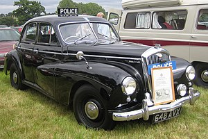 Wolseley 6 80 Police car per the British movies of the day.JPG
