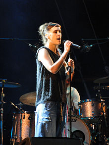 "Zaz at ""Hamburger Kultursommer"" 2011.jpg"