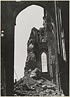 zicht door deel ruïne hervormde kerk - arnhem - 20319487 - rce