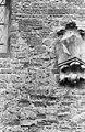 Zuidgevel, detail teruggeweerde blokken tufsteen - Jorwerd - 20371314 - RCE.jpg