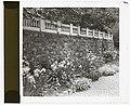 """Beechgate,"" Robert Carmer Hill house, Woodland Avenue, Englewood, New Jersey. Stone wall LCCN2008679219.jpg"