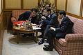 (Do) ดู YouTube นายกรัฐมนตรีฟังการประชุมเกี่ยวกับงบปร - Flickr - Abhisit Vejjajiva (1).jpg