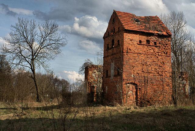 Former vodka distillery Komorniki estate