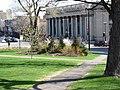Édifice de la Bibliothèque de Montréal, rue Sherbrooke, Montréal - panoramio.jpg