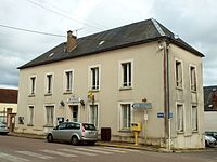 Égriselles-le-Bocage-FR-89-mairie-2.jpg