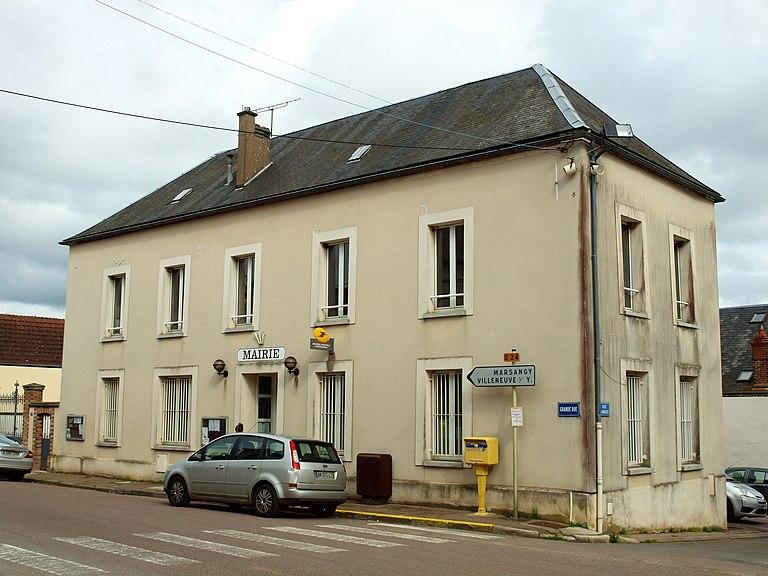 Maisons à vendre à Égriselles-le-Bocage(89)