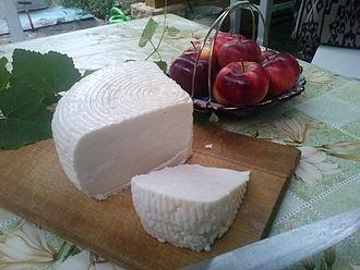 Circassian cheese - Image: Адыгейский сыр