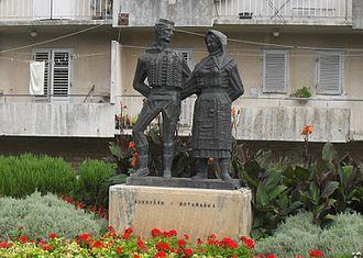Benkovac - Monument Bukovčan i Kotaranka