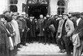 ביקור אלברט אינשטיין בגימנסיה מלווה עם מוסינזון 1923 btm12646.jpeg