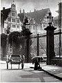 1920er Jahre circa Wilhelm Ackermann, Hannover, Schlossstraße.jpg