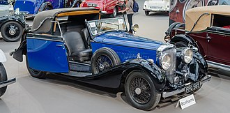 James Young (coachbuilder) - Image: 1937 Bentley 4¼ Liter à portières 'parallèles' (13451876035) (cropped)