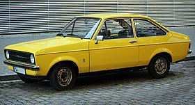 1977 Ford Escort 1.3 two-door (base), front left side.jpg
