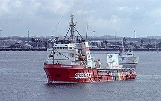 MV Gondwana - Image: 1988 10 Greenpeace Gondwana