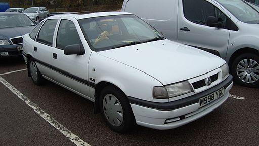 1994 Vauxhall Cavalier 2.0 GLS Automatic (15844518306)
