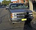 1999 Holden Suburban K8 1500 LS (Front view).jpg