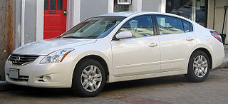 file 2010 nissan altima 2 5s sedan 02 24 wikipedia. Black Bedroom Furniture Sets. Home Design Ideas