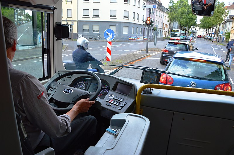 File:2013 in Bonn. BYD ebus (electrical bus). Bus interior. Driver view . Spielvogel.JPG