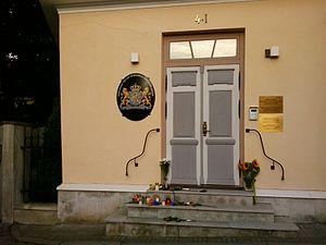 2014-07-18 Flowers and candles on the doorstep of Embassy of Netherlands in Estonia.jpg