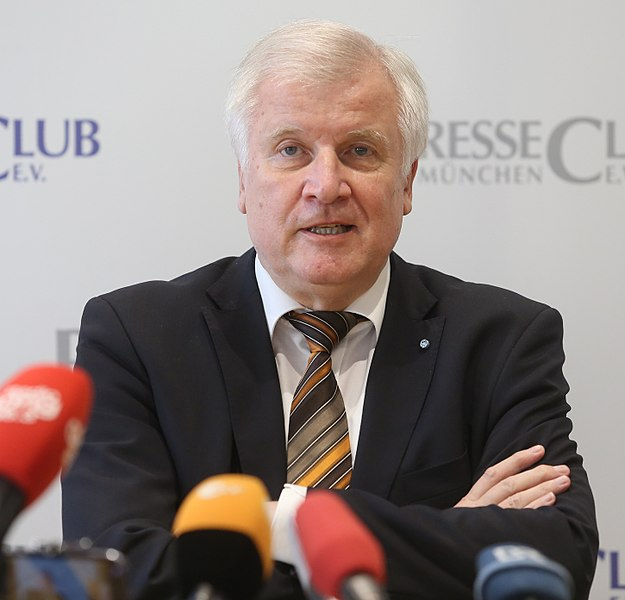 File:2017-08-01-Horst Seehofer 6329.JPG