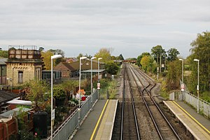 Ashchurch for Tewkesbury railway station - Image: 2017 at Ashchurch station view northwards