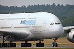 A380 - Farnborough 2006 (2531259683).jpg