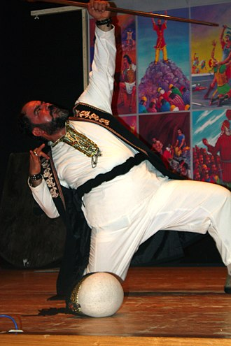 Persian theatre - Iranian actor doing Naqqāli