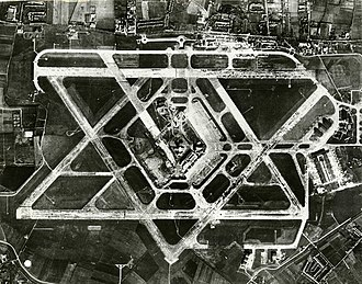 Heathrow Airport -  Aerial photo of Heathrow Airport from the 1950s, before the terminals were built