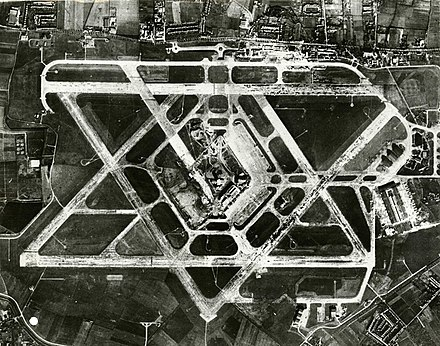 Aerial photo of Heathrow Airport from the 1950s, before the terminals were built Aerial photograph of Heathrow Airport, 1955.jpg