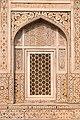 Agra-Itmad ud Daulah mausoleum-Jali-20131019.jpg