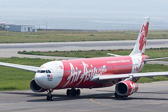 AirAsia X, A330-300, 9M-XXI (19414272682).jpg